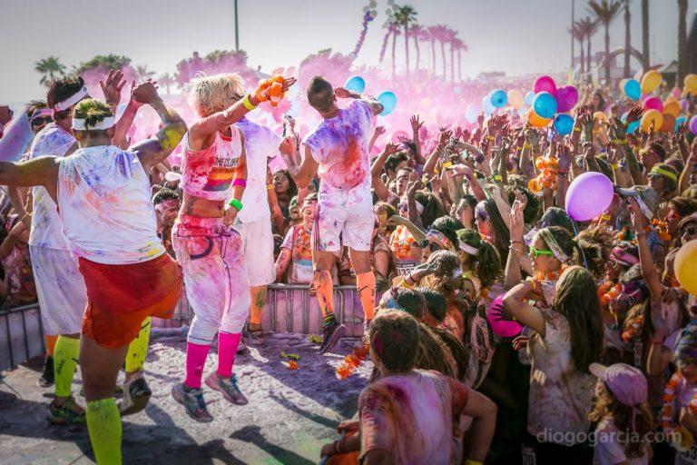 Reportagem fotográfica Color Run, Carcavelos 2014, Fotógrafo LIsboa, diogogarcia.com  Reportagem fotográfica Color Run, Carcavelos 2014 DG  1169 768x512